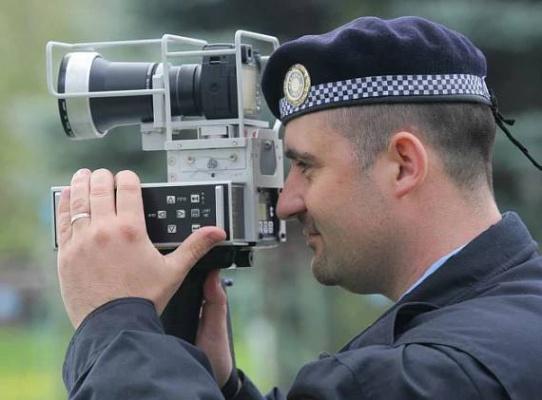 Nohu z plynu, aneb Kde v Plzni budou příští týden městští strážníci měřit rychlost?