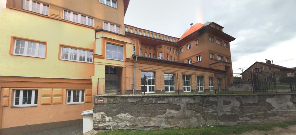 Karlovarské hejtmanství se ohrazuje proti nepravdivým informacím ohledně Střední školy živnostenské Sokolov