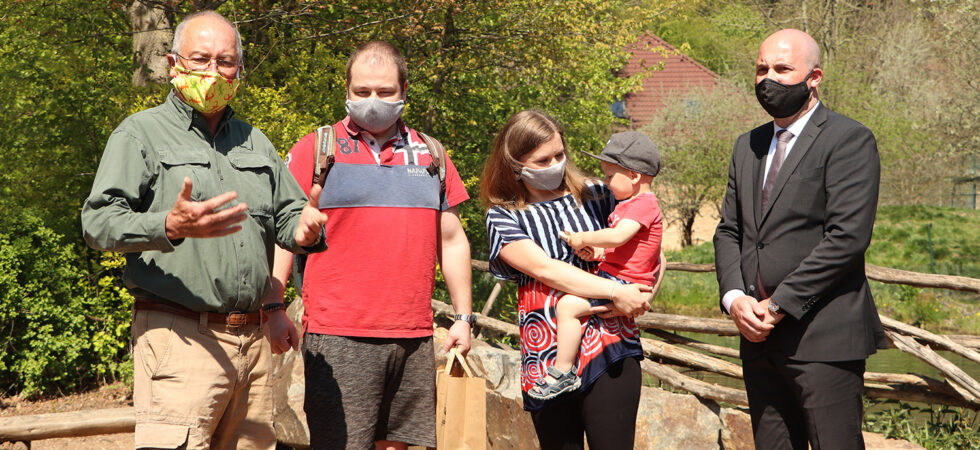 Zoo Plzeň otevřela po 41 dnech nucené přestávky. Denně tam smí na návštěvu jen 2850 lidí