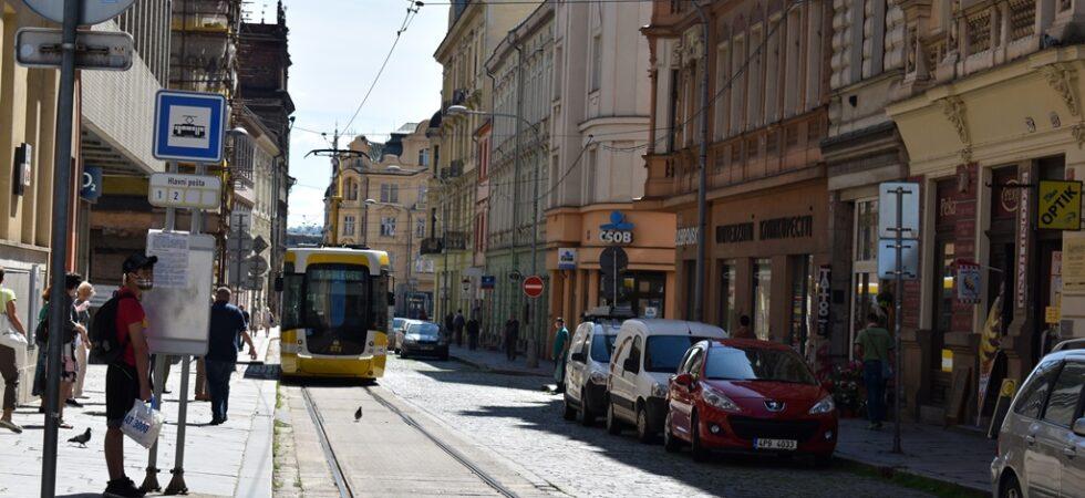 Celé léto neprojedou tramvaje Solní ulicí. Rekonstrukce tam začne už 19. června