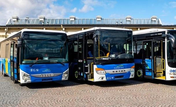 Městský obvod Plzeň 4 vyzval společnost POVED, aby okamžitě řešila problémy veveřejné dopravě