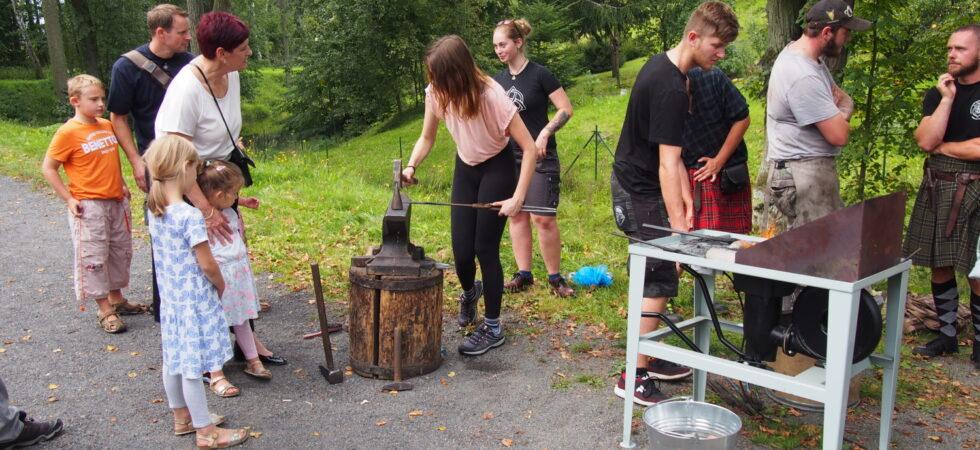 Unikátní vodní hamr v Dobřívě byl dnes slavnostně otevřen po tříleté pauze