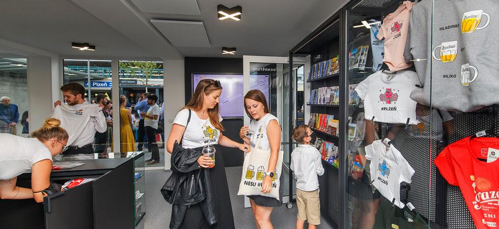 Plzeň vítá návštěvníky vmoderním infocentru svyhlídkovou věží a terasou
